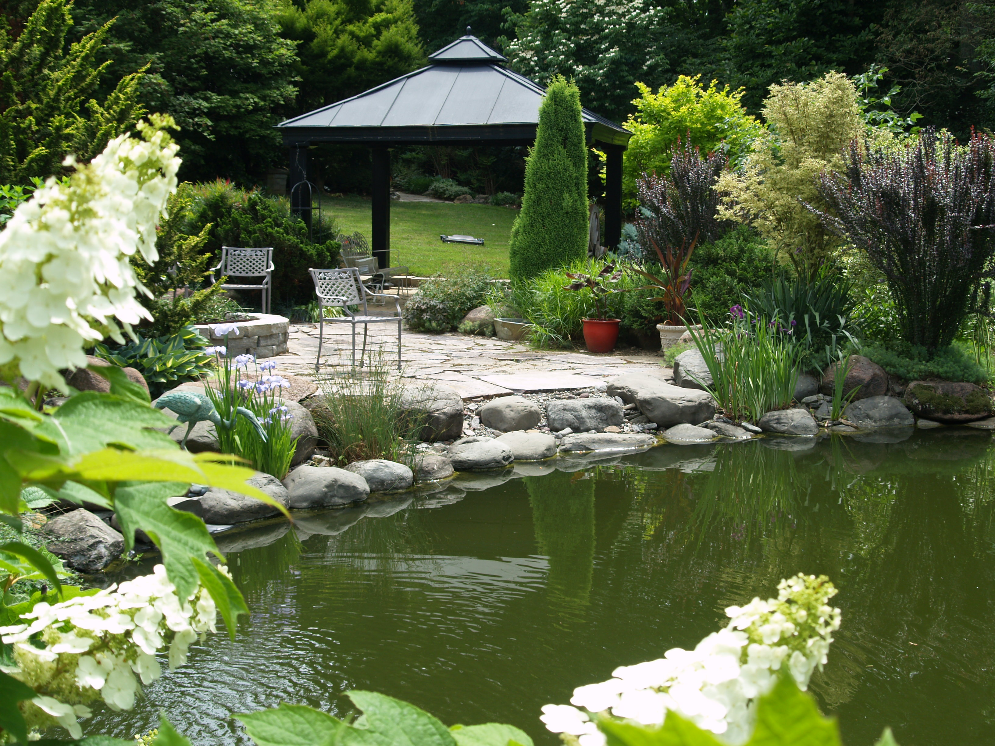Ponds ramblin 39 through dave 39 s garden for Stone koi pond